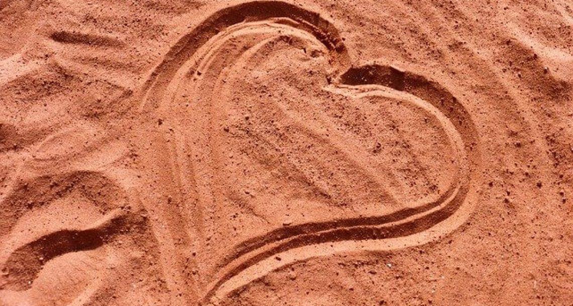 4  משפטי אהבה עצובים שכואב לשמוע